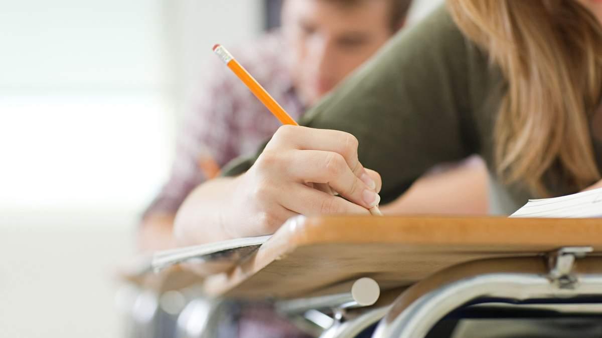 Минобразования хочет изменить условия поступления в колледжи и техникумы: каким будет процесс
