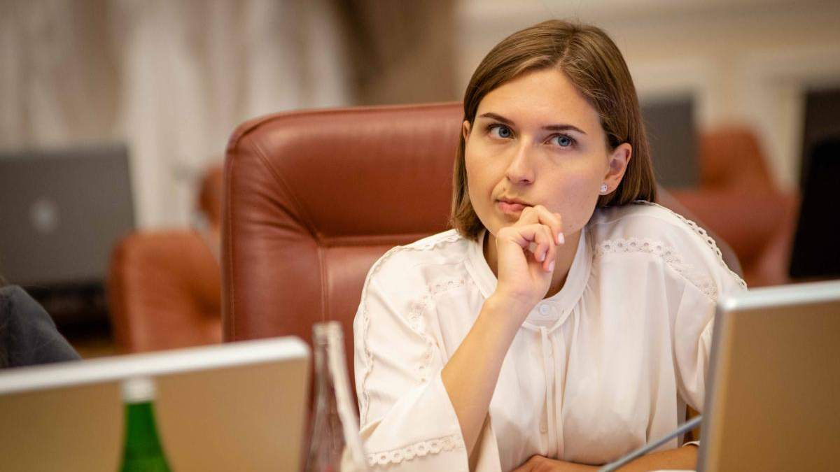 Со следующего года русскоязычные школы перейдут на украинский язык, – Новосад