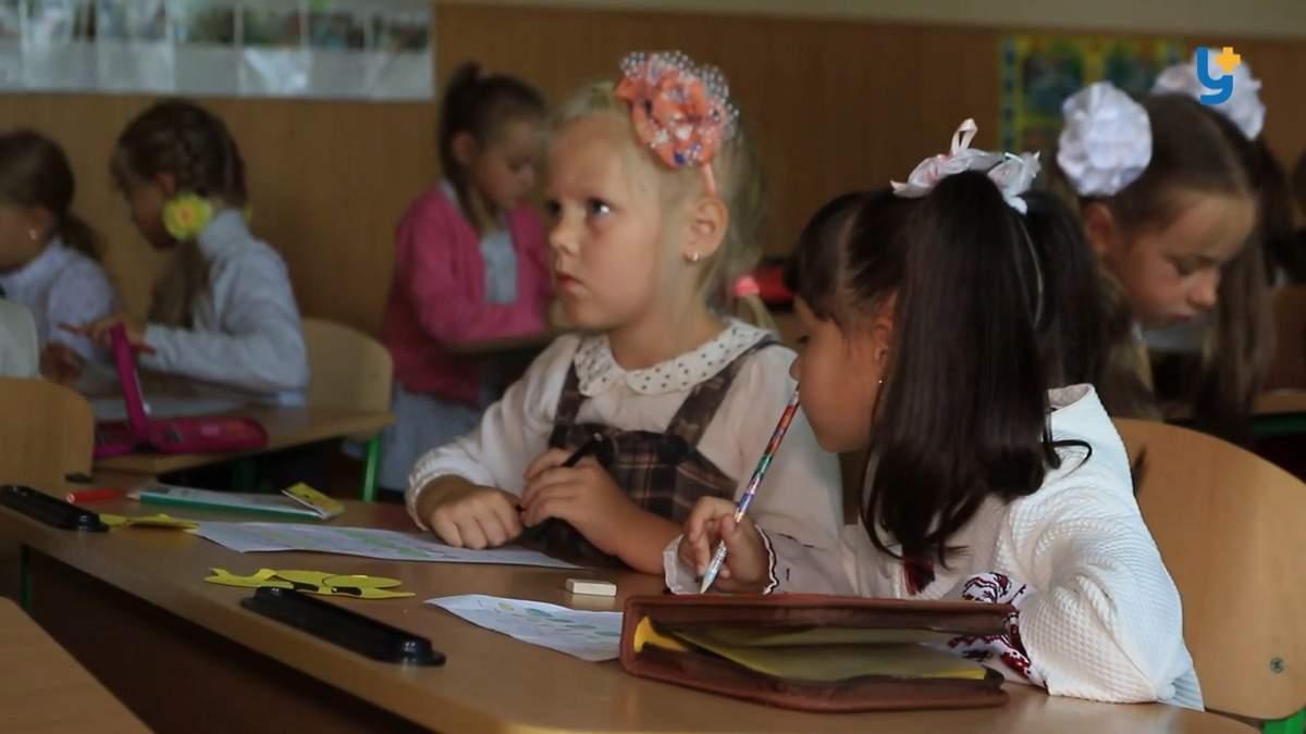 Маленькі села бояться свого вимирання через реформу освіти: чи справді є загроза