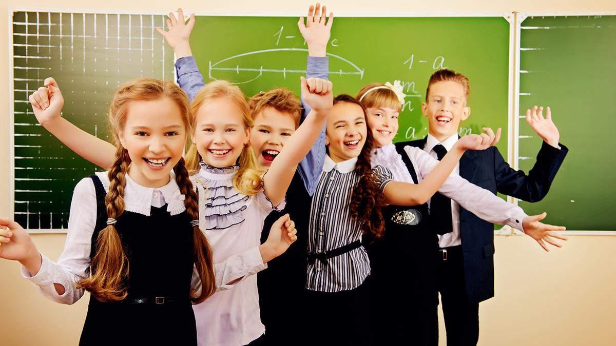 На Днепропетровщине учителя и школьники зарабатывают на отходах