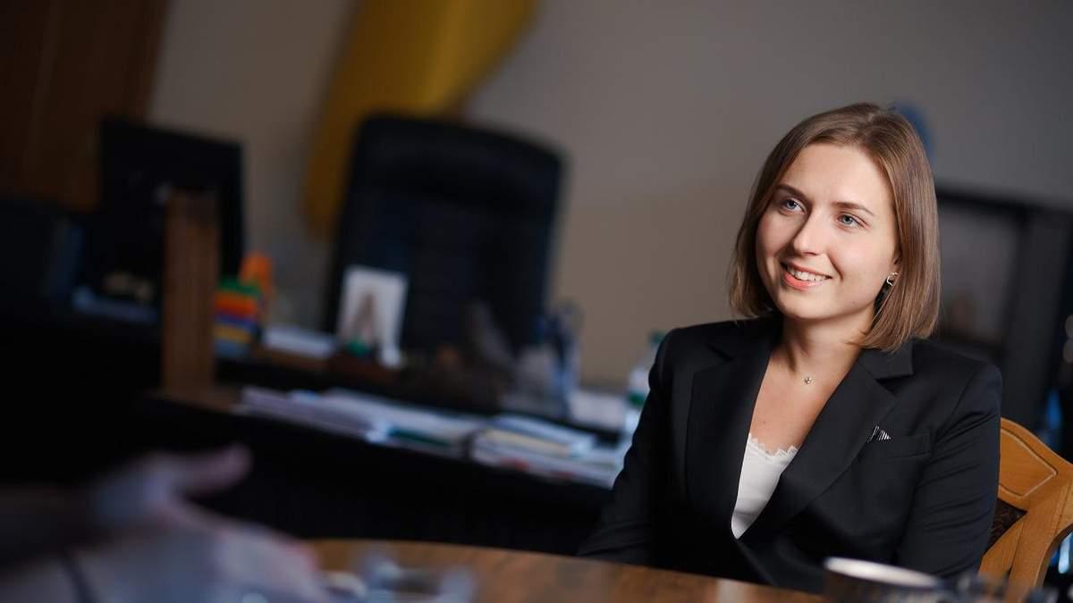 Міністерка освіти Новосад заробила менше за своїх заступників у жовтні