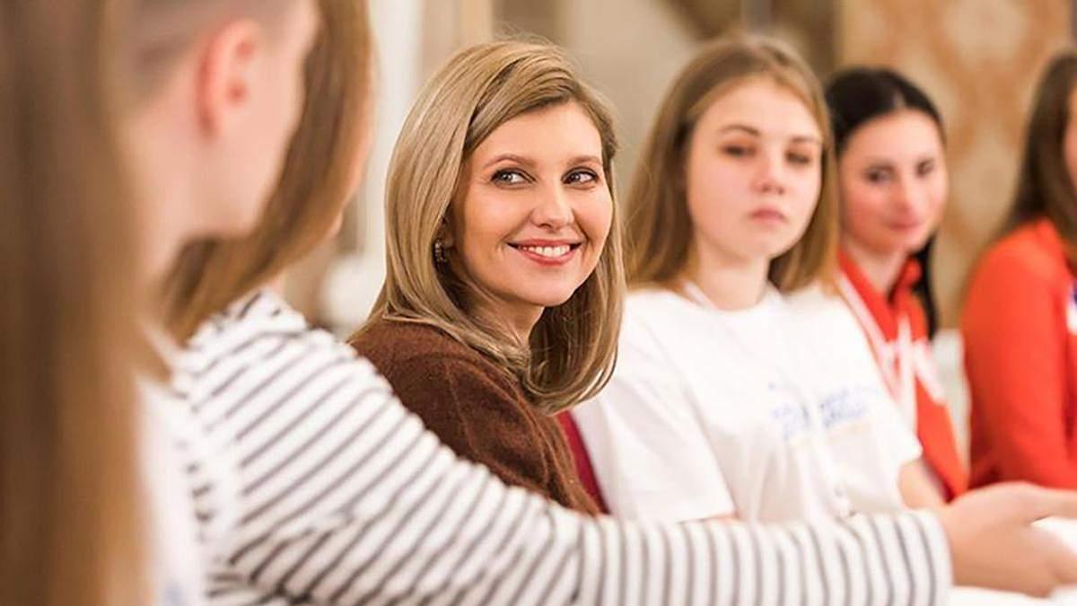 Олена Зеленська хоче провести реформу харчування в школах