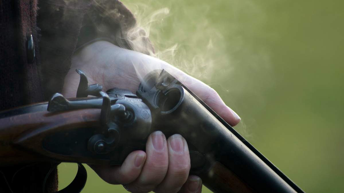 В Техасе в результате стрельбы в школе погиб ученик: подозреваемый скрывался за мусоркой – видео