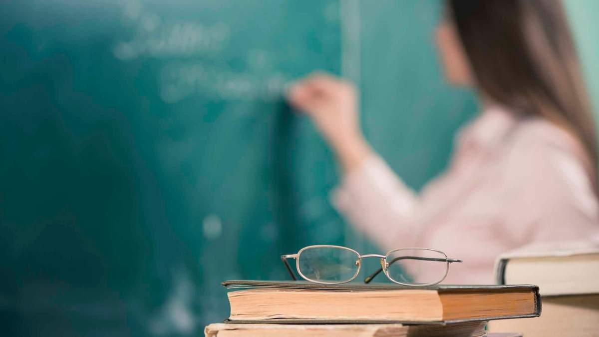 Контрактная основа работы для учителей со временем станет нормой