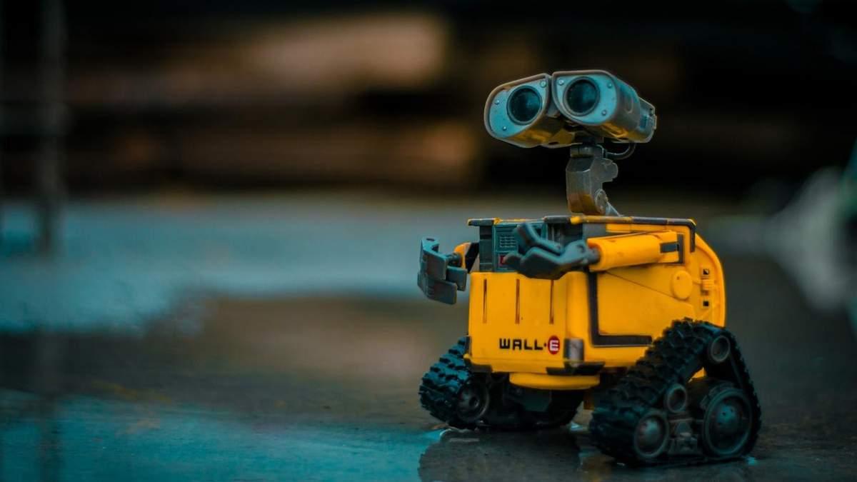 Робототехніці навчатимуть усіх охочих
