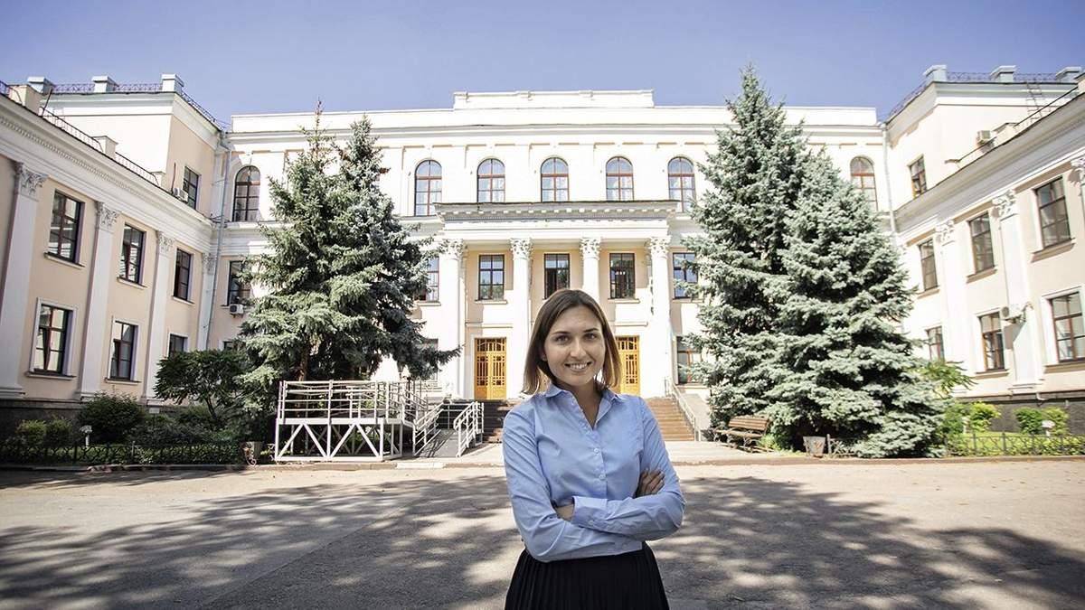 Анна Новосад объяснила условия труда учителей-пенсионеров