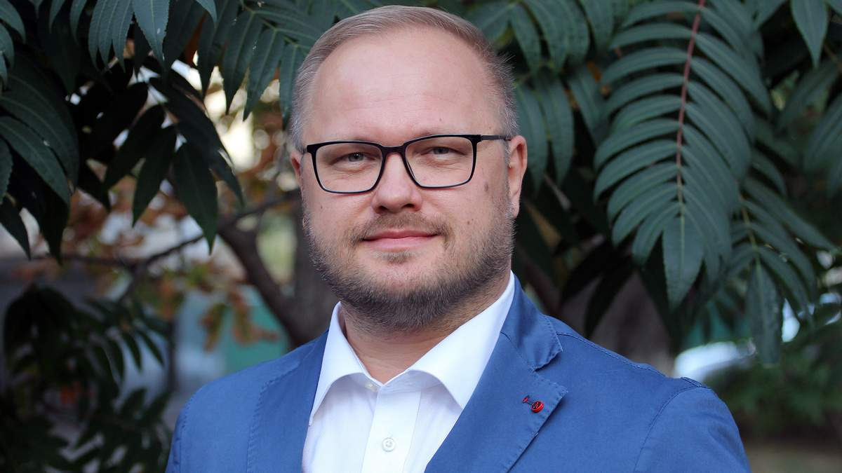 Юрий Полюхович – во министра образования Украины, биография