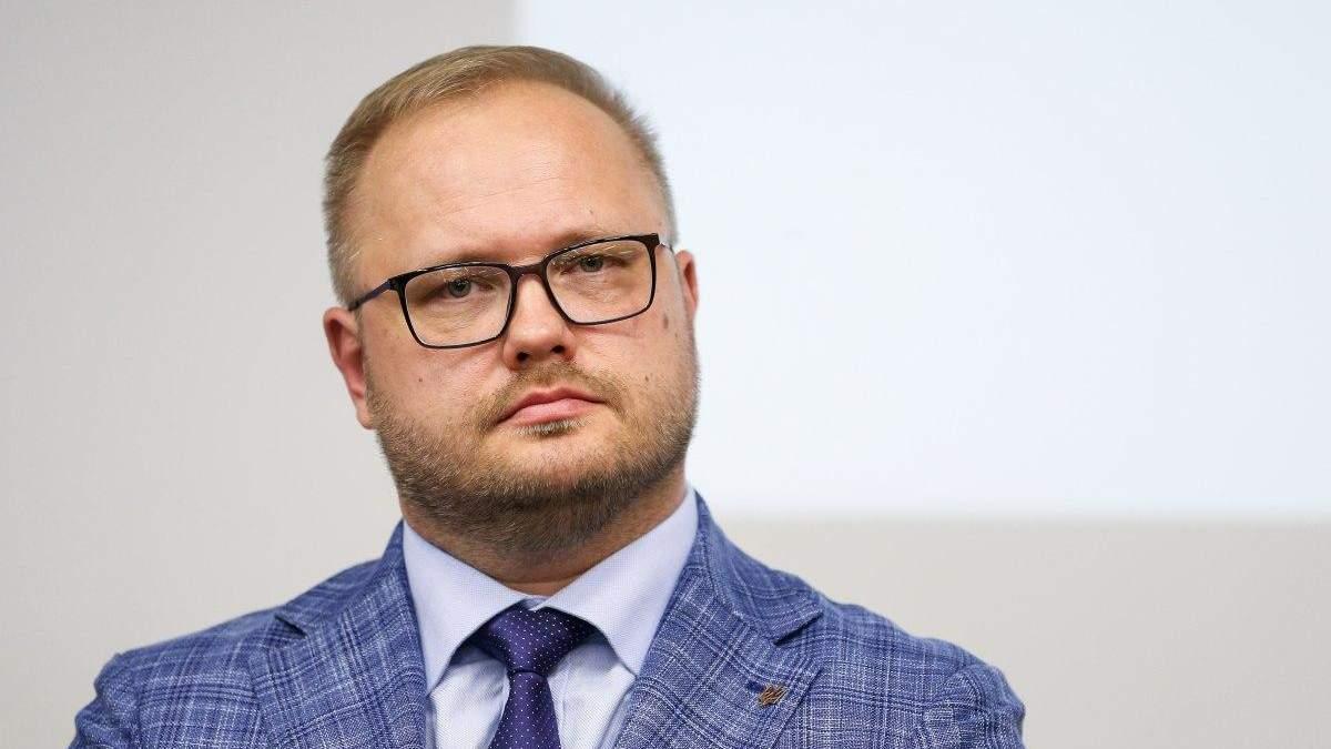 Юрий Полюхович – ио министра образования: биография Полюховича