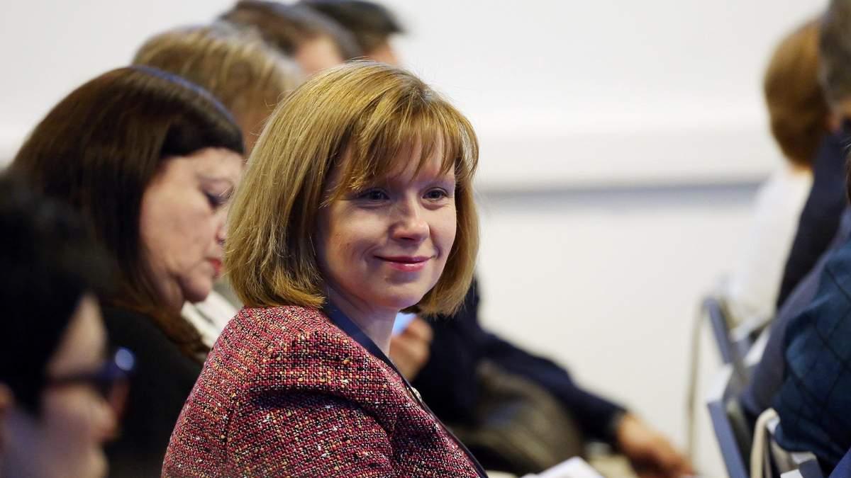 Любомира Мандзий ио министра образования – биография
