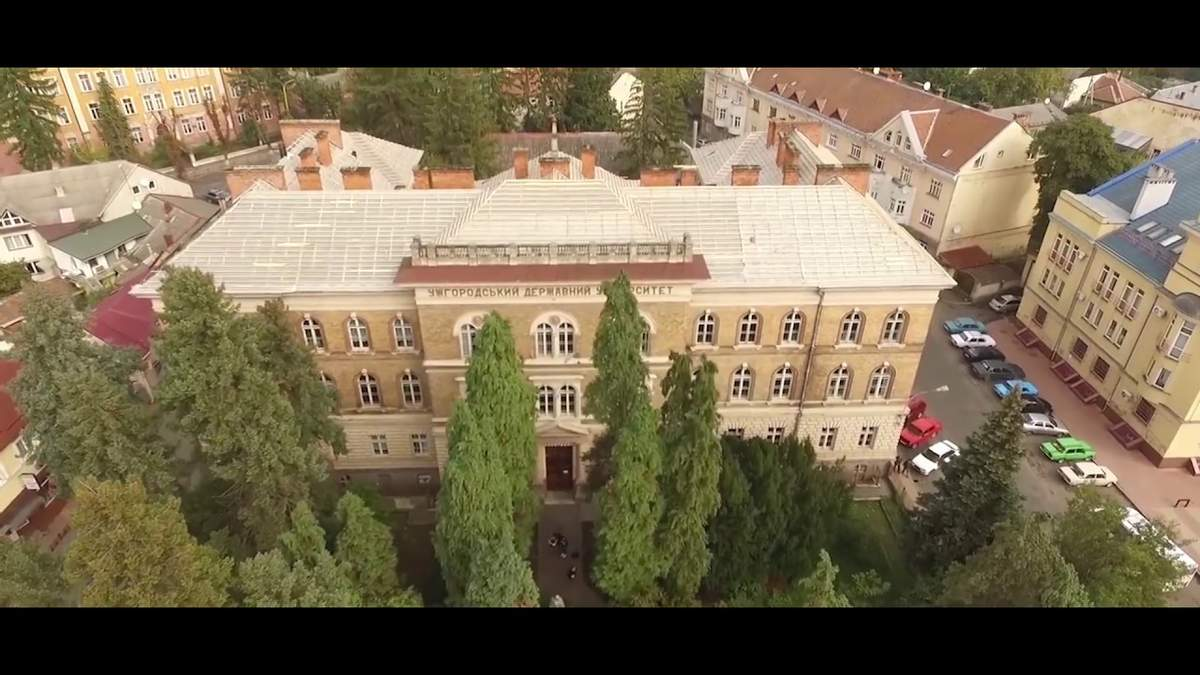 Ужгородский университет запускает бесплатный онлайн-курс по COVID-19