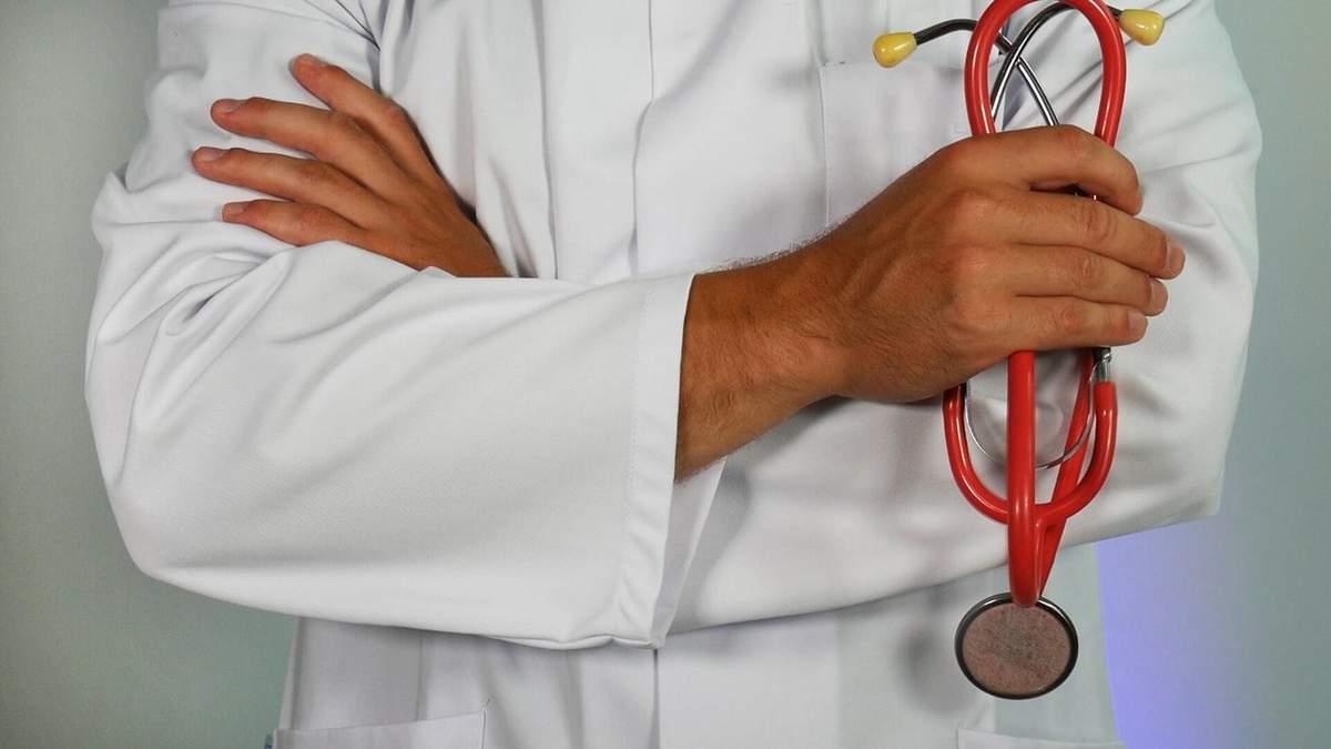 Медикам не вистачає респіраторів