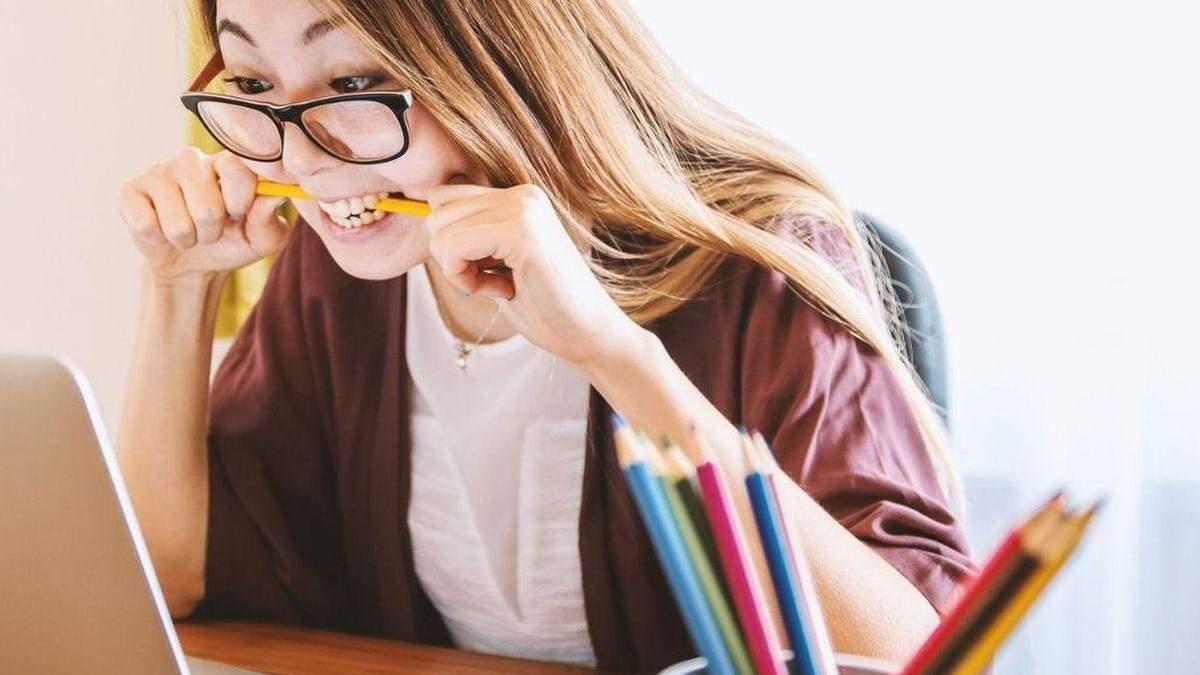 Уроки онлайн 11 клас 17.04.2020, Україна – відео всіх уроків