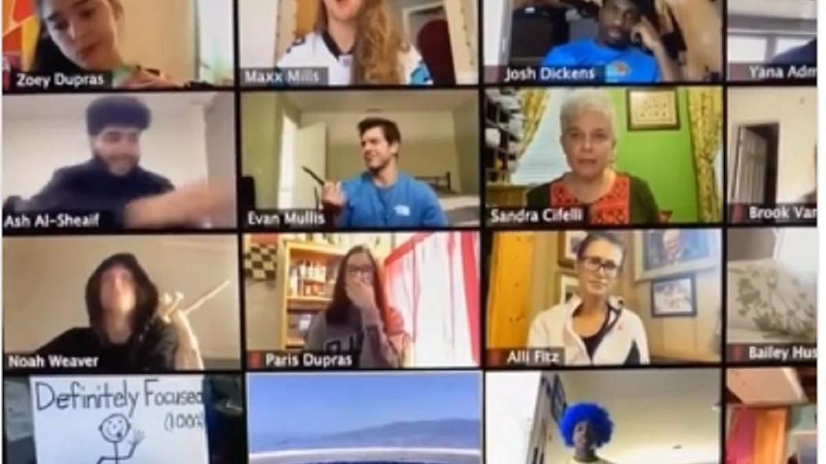 Ученики передали карандаш во время онлайн-урока: курьезное видео