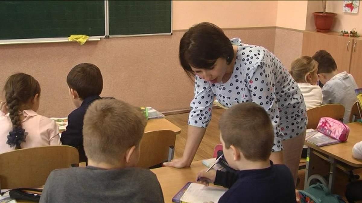 Молодые учителя не получат в 2020 году обещанные правительством деньги