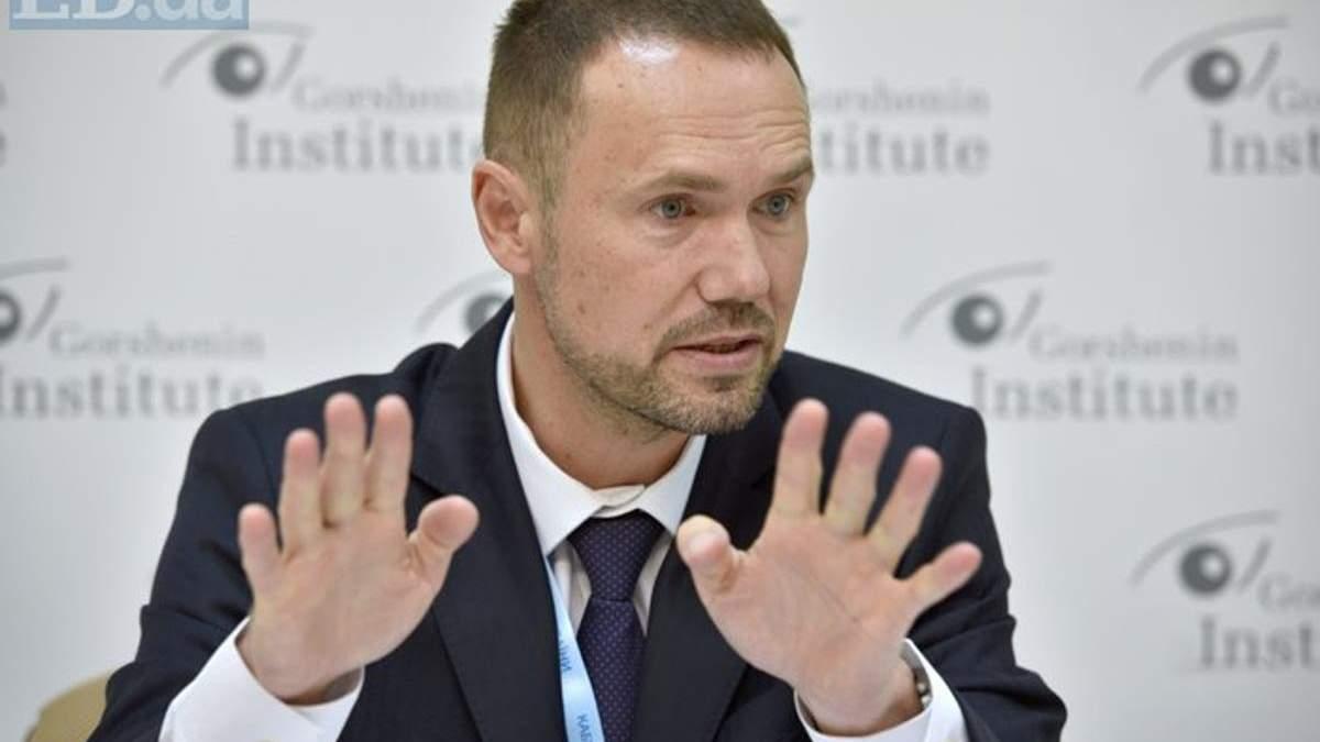 И. о. министра образования и науки Сергей Шкарлет