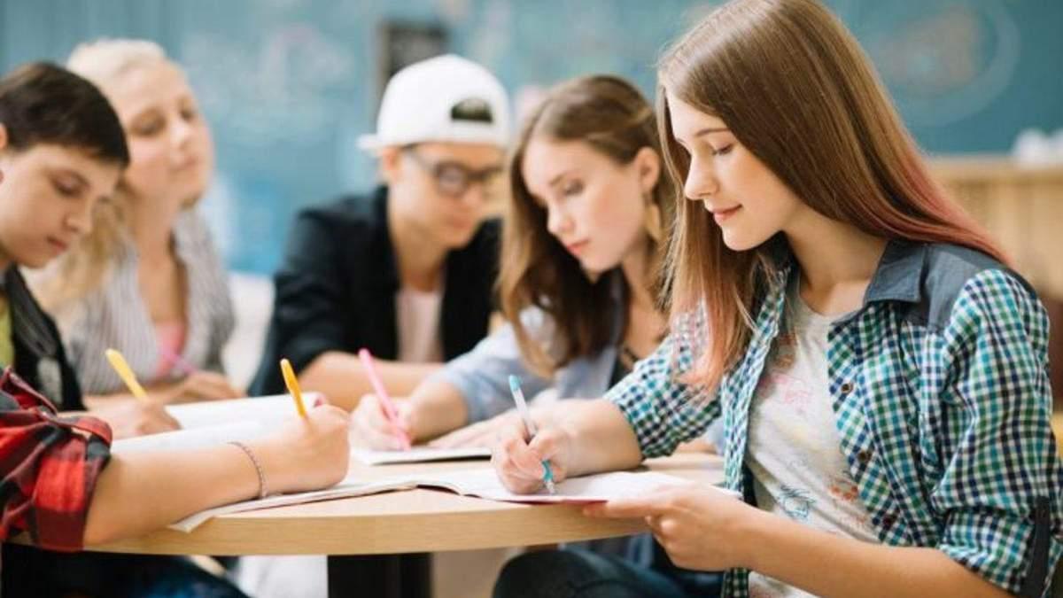 Сколько выпускников из оккупированных территорий будут учиться в украинских ВУЗАХ