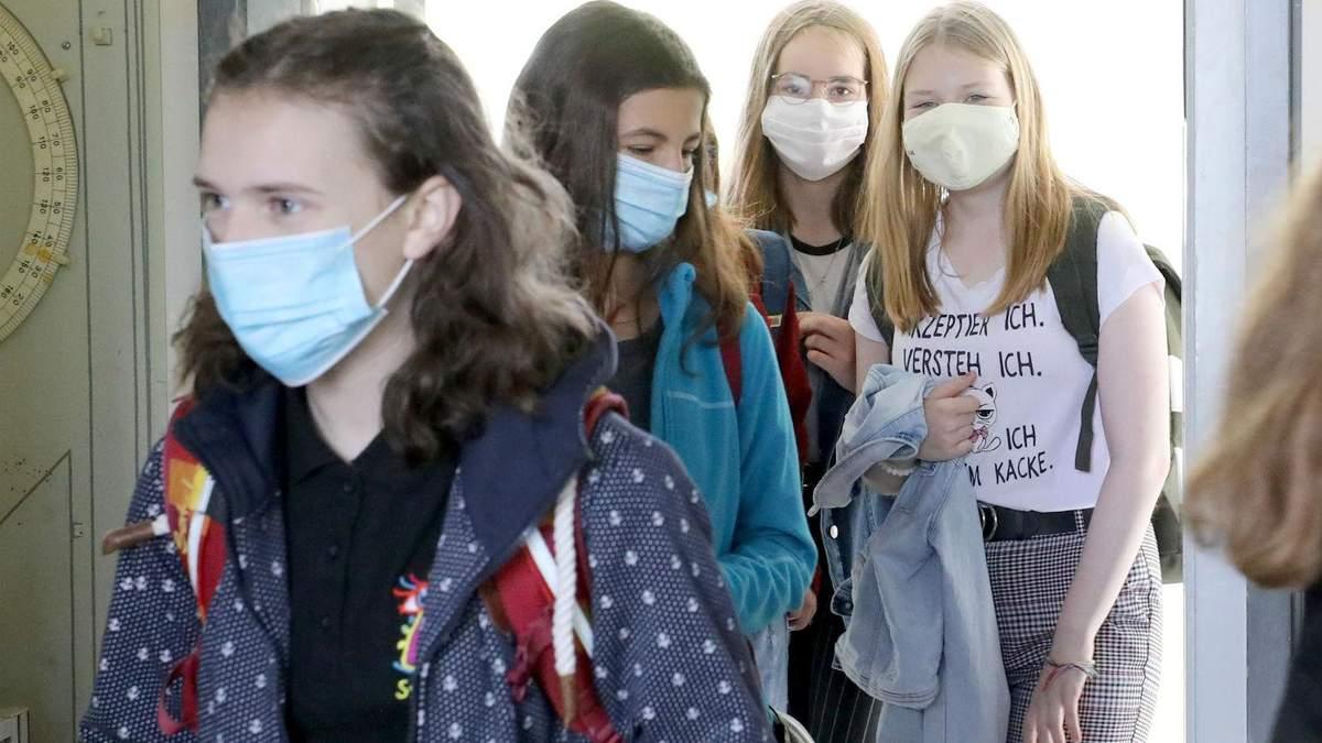 Германия начала открывать школы впервые после начала карантина: фото