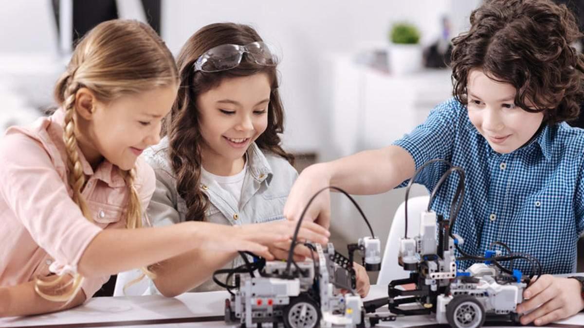Кабмин принял концепцию развития STEM-образования до 2027 года