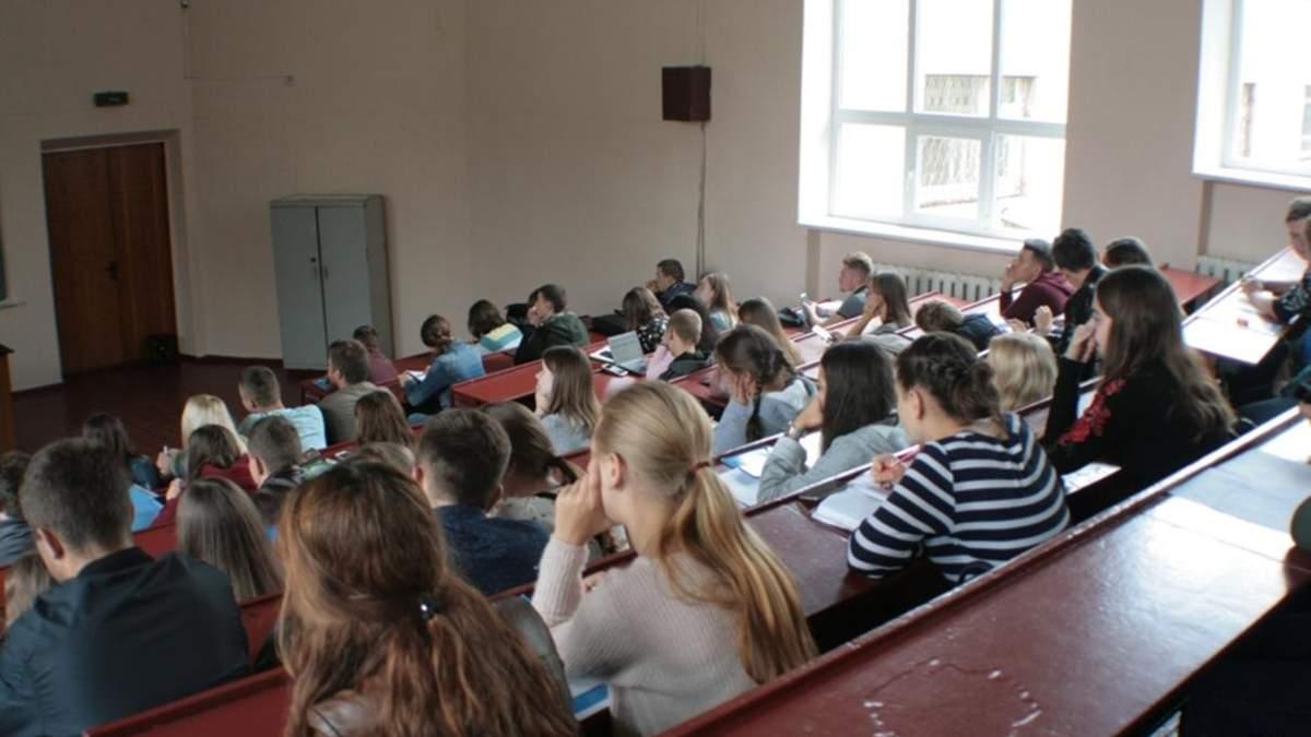 З 10 серпня у Києві перевірятимуть ВНЗ, школи та ліцеї