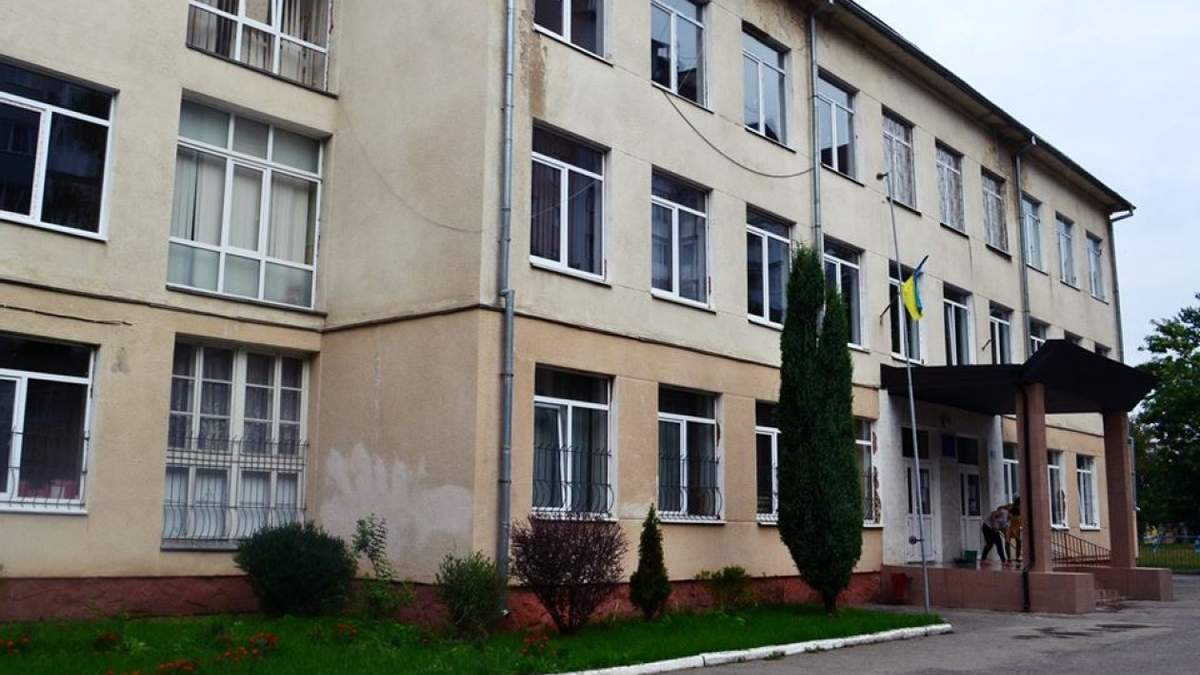 Школи в Івано-Франківську відкриються 1 вересня незалежно від рішення уряду