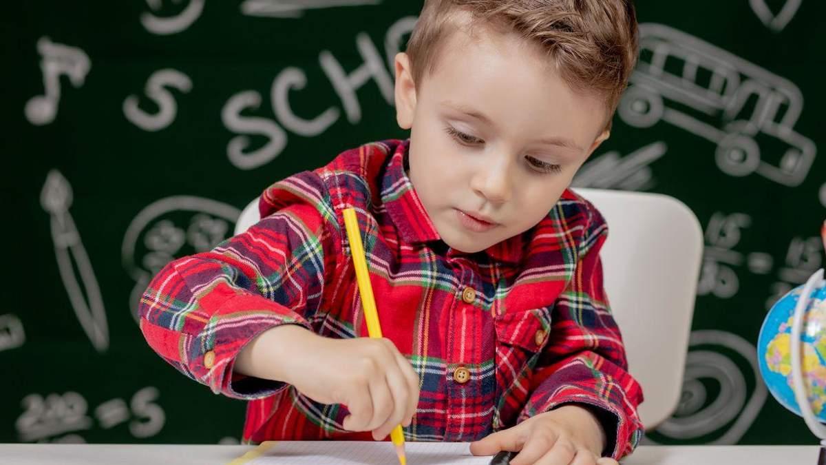 Как организовать рабочее место для школьника: важные советы