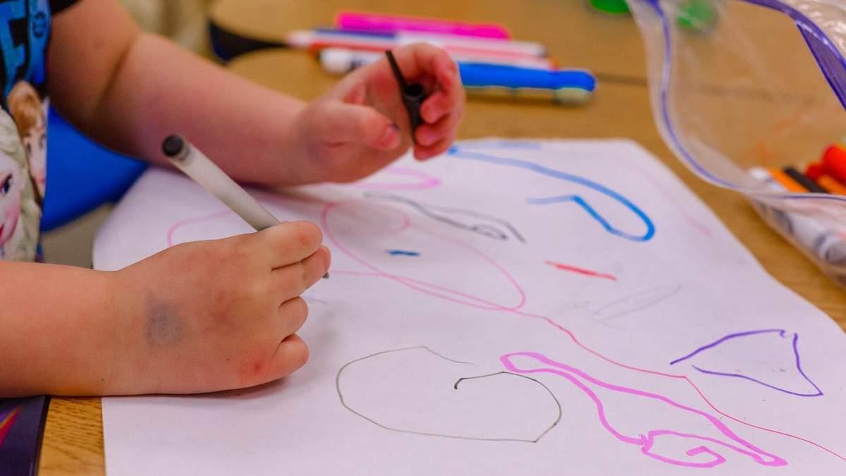 Творче мислення дитини, як розвинути креативність – поради, ігри