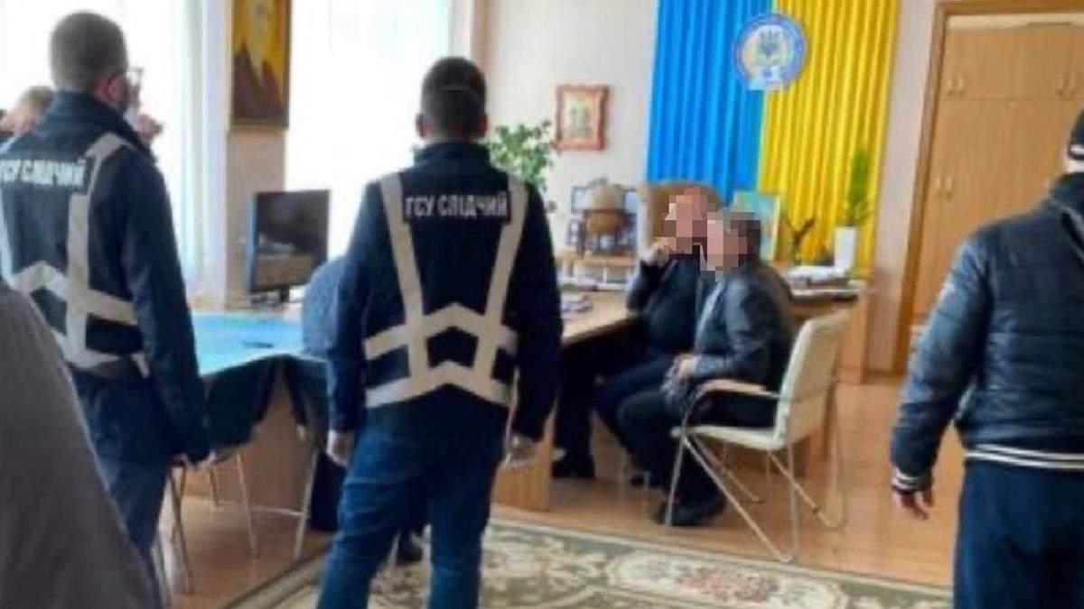 В Харькове будут судить ректора и проректора университета за взятку