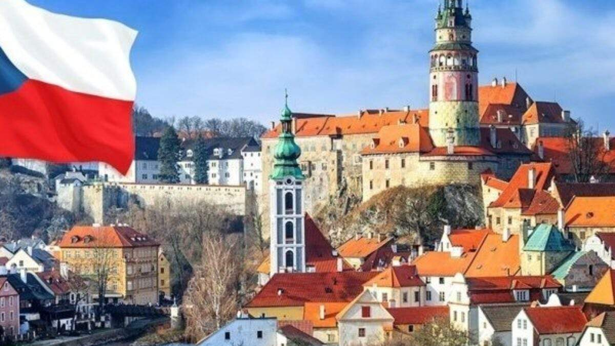 Образование за рубежом: украинские студенты могут бесплатно учиться в Чехии