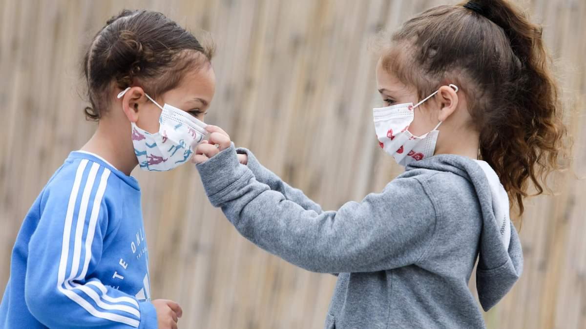 Школы не создают риска для детей или учителей заболеть на COVID-19