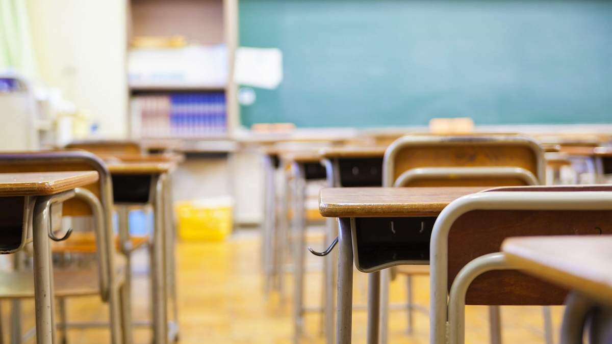 У ВООЗ вважають, що школи під час пандемії варто закривати останніми