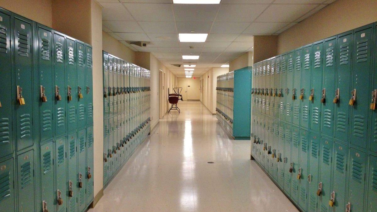 Критический момент: в Нью-Йорке из-за COVID-19 закрыли сотни школ