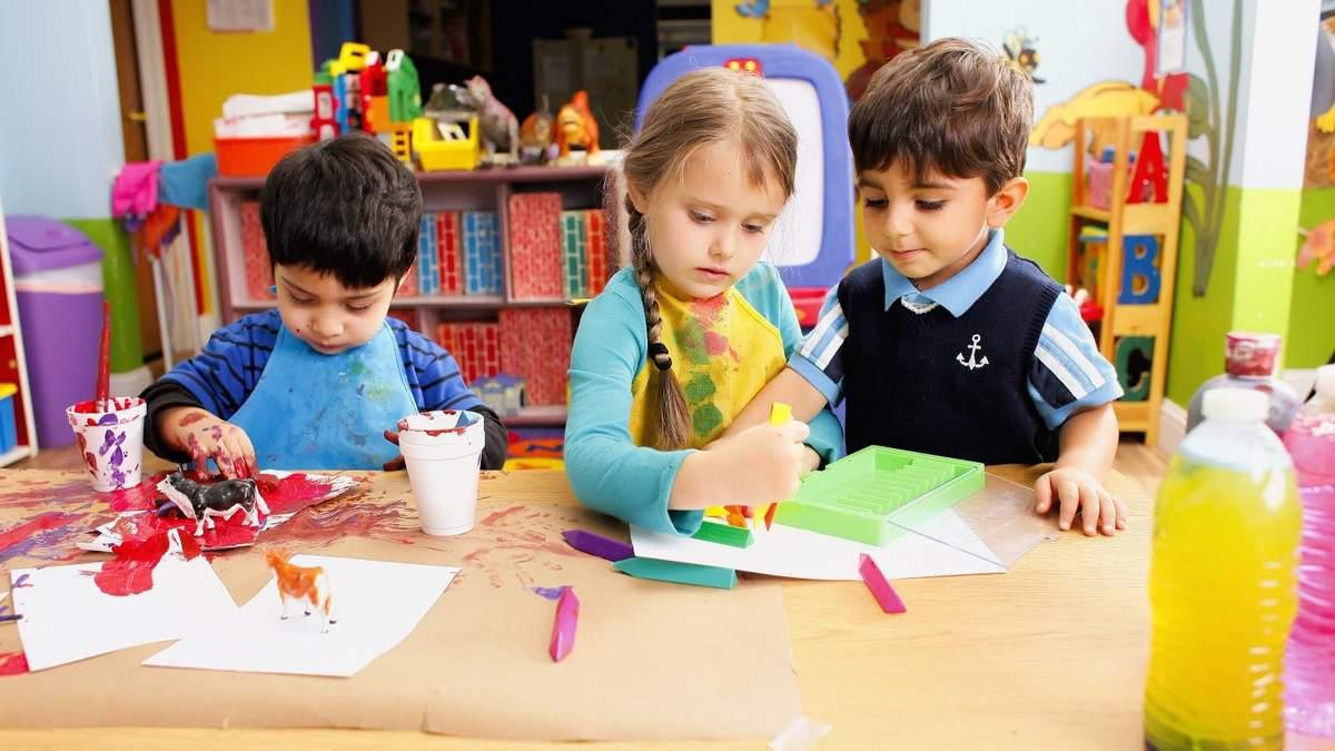 Як працюватимуть дитячі садочки у жовтні 2020 року: відповідь Шкарлета