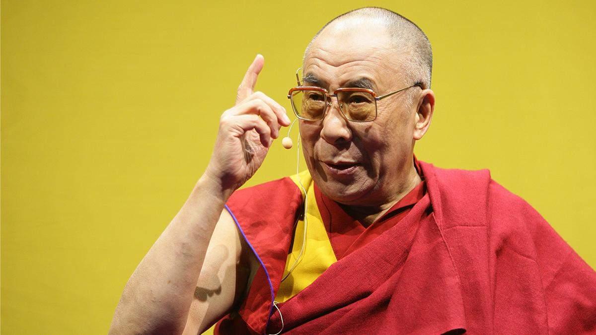 4 важливі цитати Далай-лами про освіту та виховання