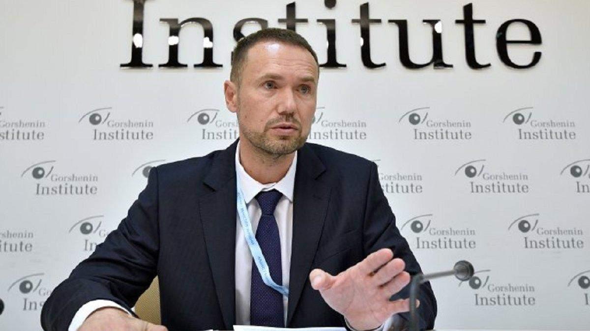 Евросоюз предупредил Шкарлета не менять реформу в МОН