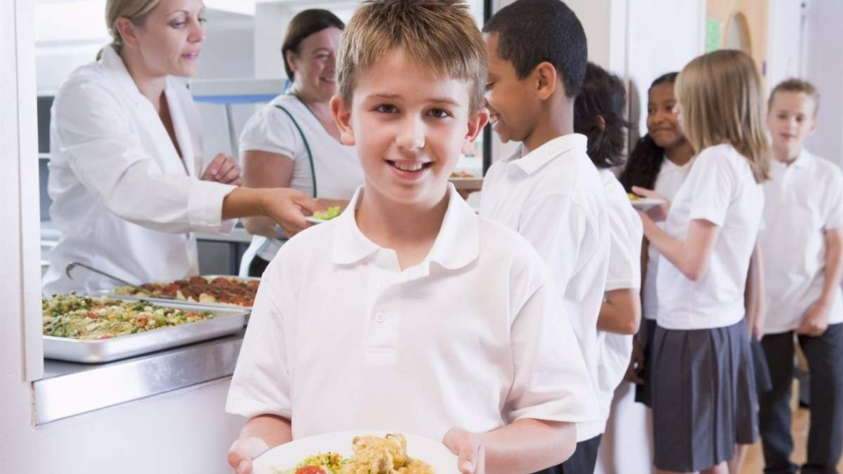 Харчування в школі та садочку: як годують дітей в різних країнах світу