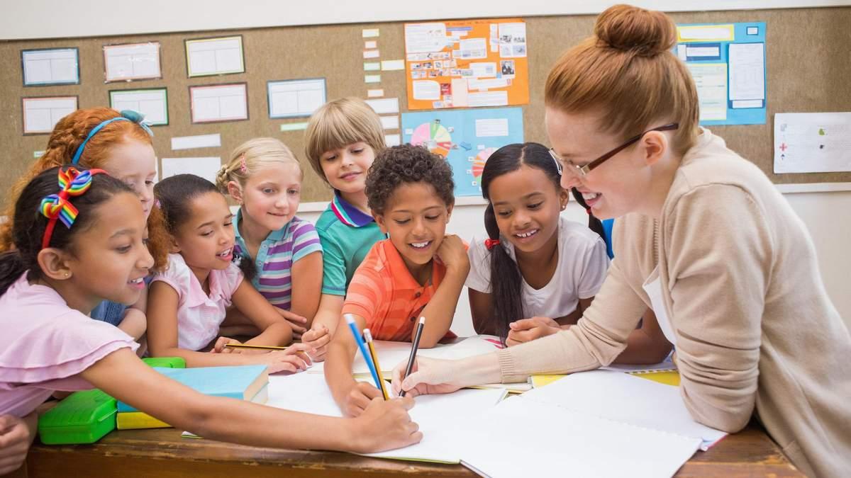 МОН призывает учителей провести урок о правах ребенка: материалы