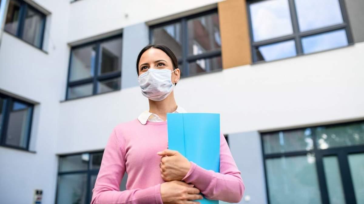 МОН разработало законопроект о защите педагогов от коронавируса