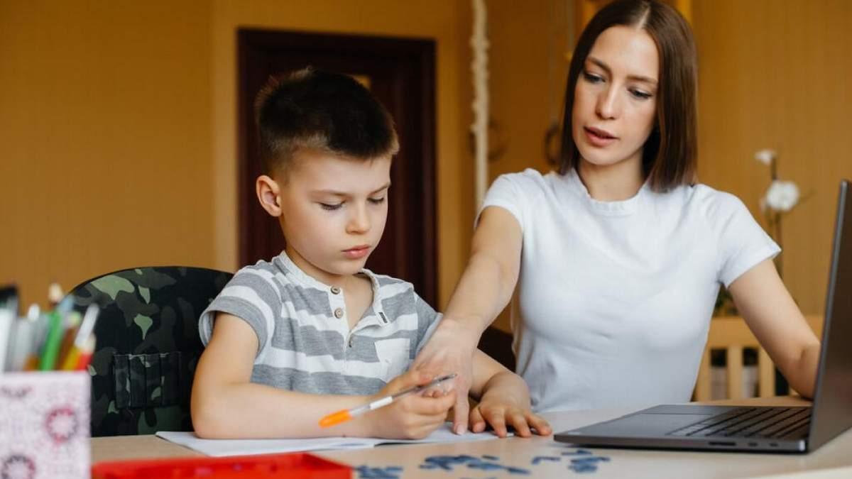 Больше времени на уроки и подготовку: новое исследование об онлайн-обучении в 2020 году