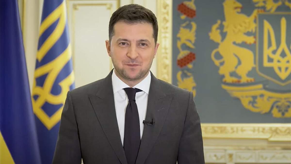 Зеленский сказал мотивационную речь детям и молодежи на форуме