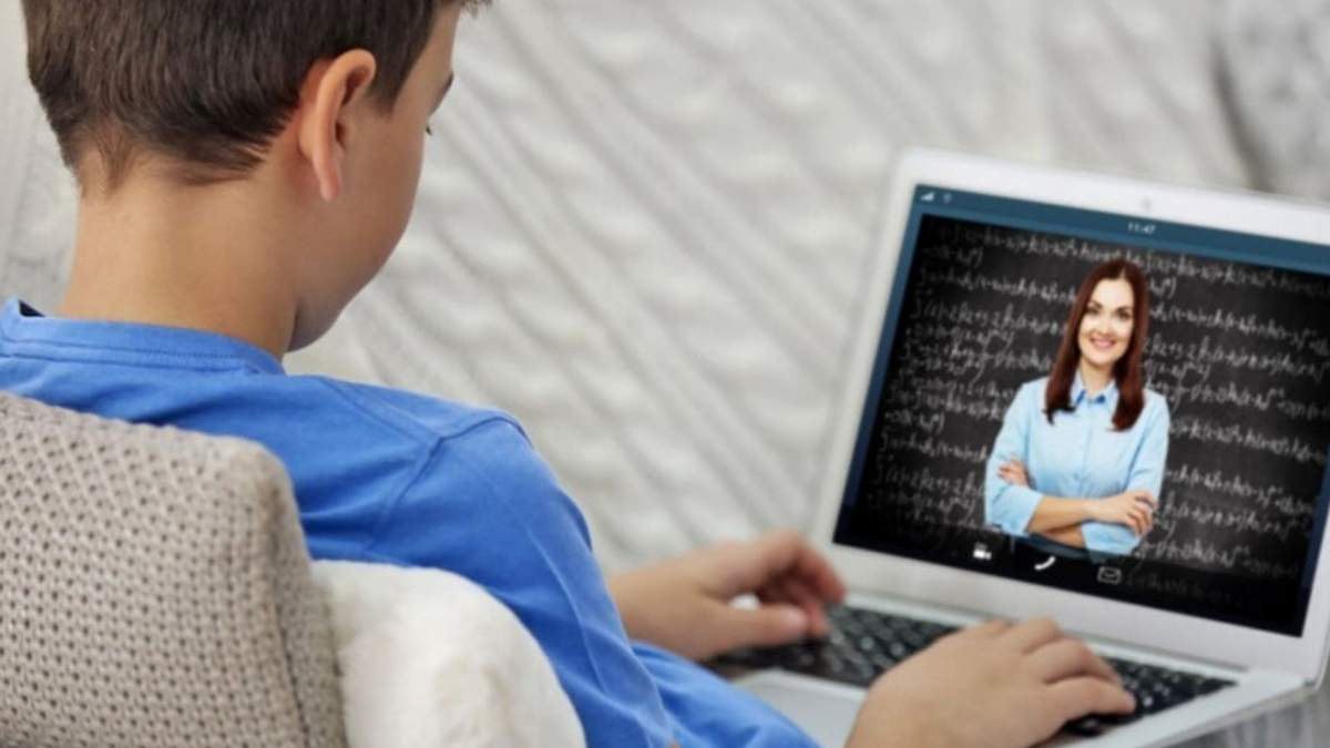Учителька вигнала учня з онлайн-уроку: деталі скандалу у школі