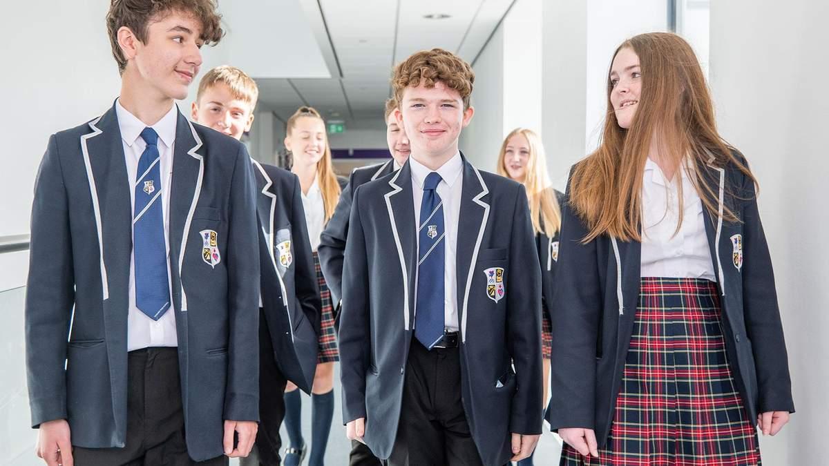 Каким должен быть дресс-код в школе и почему за границей нет формы