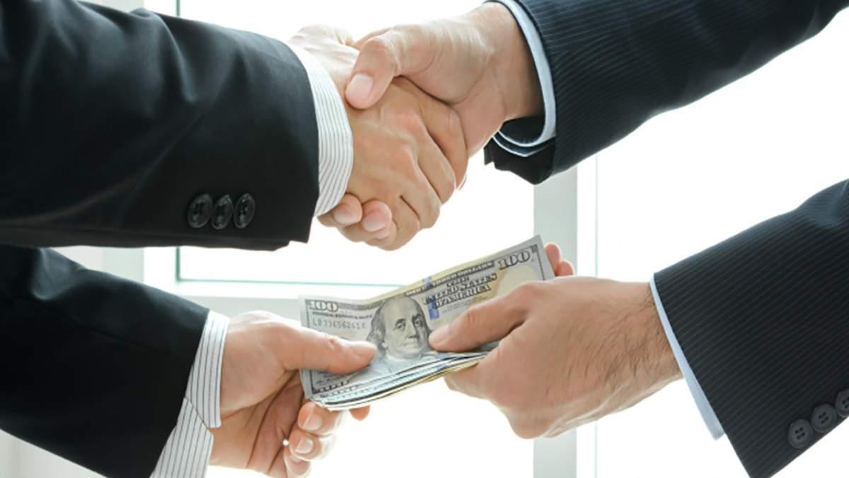 2 мільйони доларів за КРОК щороку: ексректор погорів на шахрайській схемі