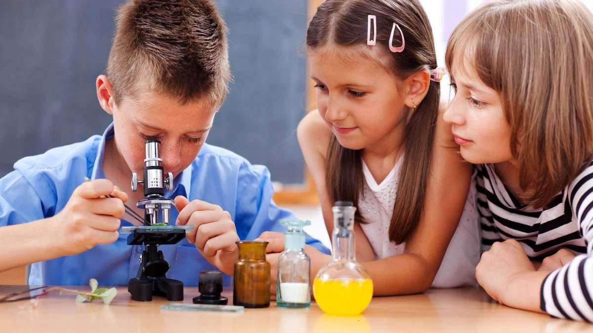 Чи мають школи враховувати схильність учнів до наук: думка експерта