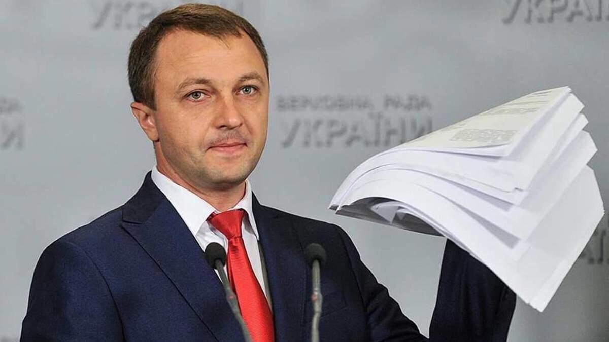 Де нехтують законом про надання послуг українською: скарги мовному омбудсмену