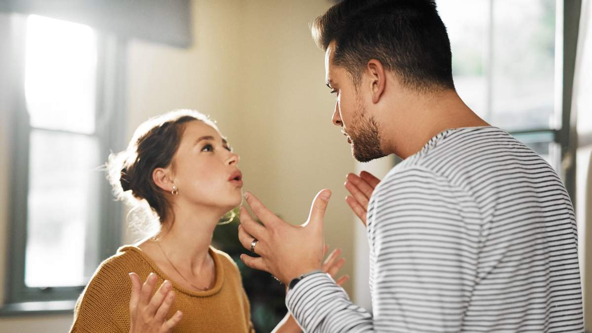 Сколько семейных пар разводится из-за финансовой неграмотности одного из партнеров: исследование
