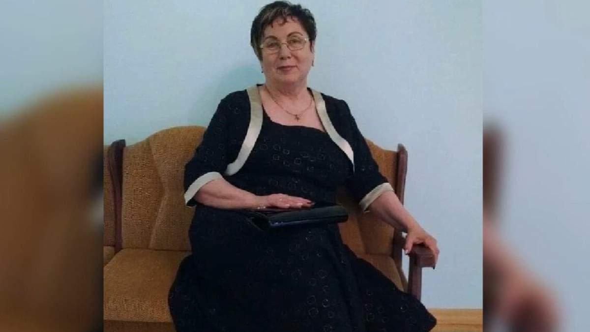 У таких штанах ходять в стайню: директорка ліцею у Соснівці насварила учнів за шкільний одяг
