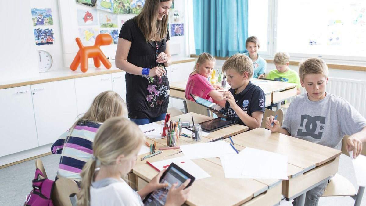 Домашняя работа занимает 30 минут: 5 секретов образования в школах Финляндии