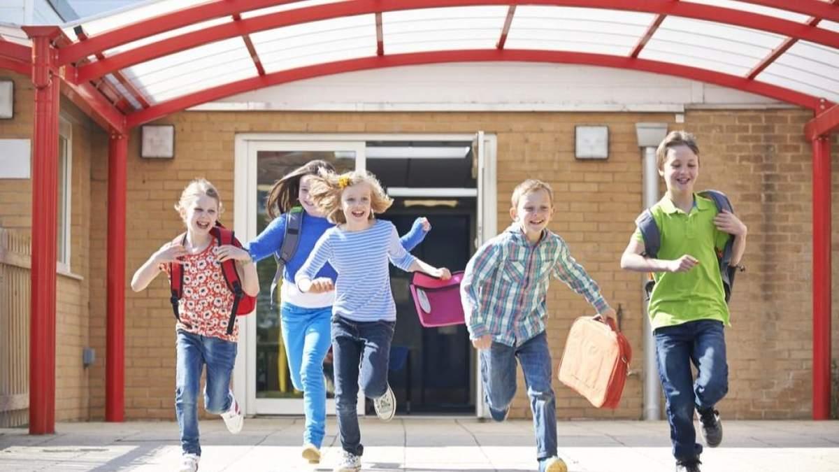 Весняні канікули 2021: коли відпочиватимуть учні у школах
