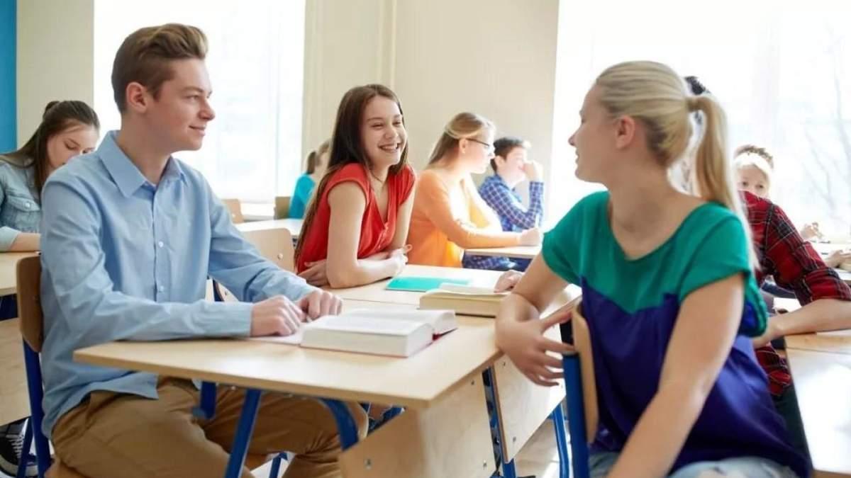 В 10 – 11 классы учеников будут зачислять в 2021 году, – Бабак