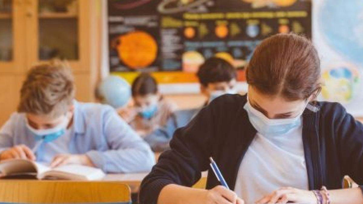 В Киеве предлагают завершить обучение для 11 классов до конца апреля